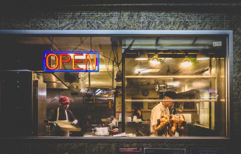vetrina di un ristorante cinese a Chinatown, NYC
