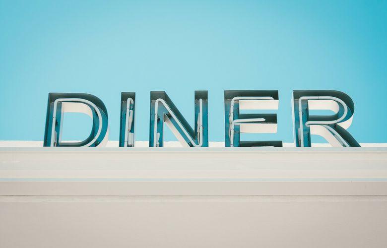 mangiare in un diner a new york